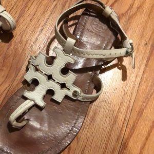Tory Burch Shoes - Tory Burch phoebe thong sandal